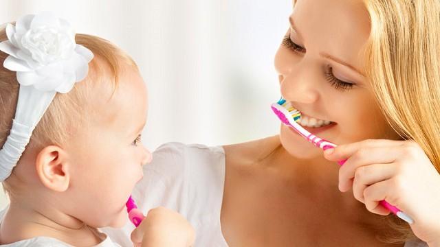 foto_lavarsi denti