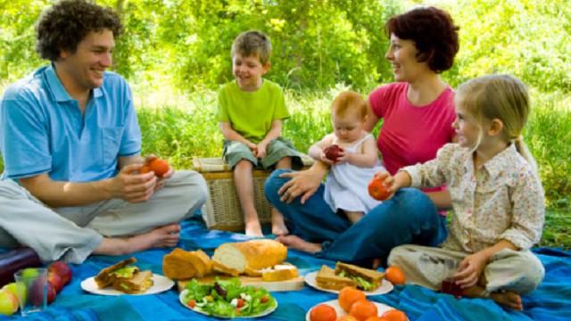 foto_famiglia_picnic