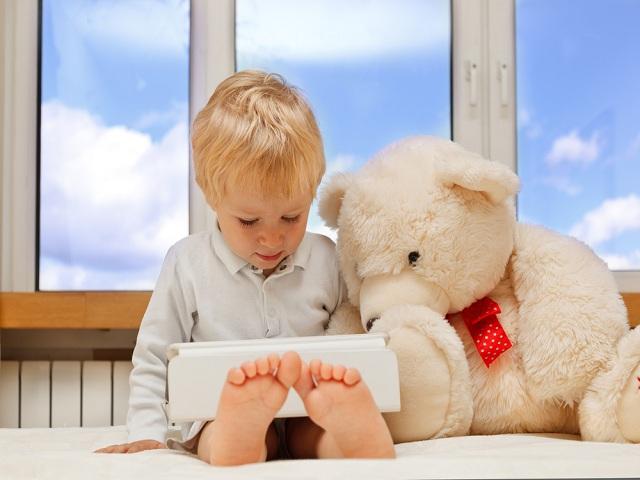 foto bimbo orso tablet