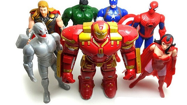 foto_giocattoli_supereroi