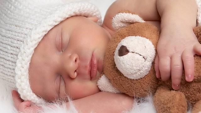 foto_bimbo_che_dorme