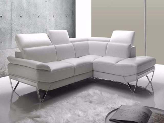 Come pulire il divano in pelle facilmente passione mamma - Pulire divano pelle ...