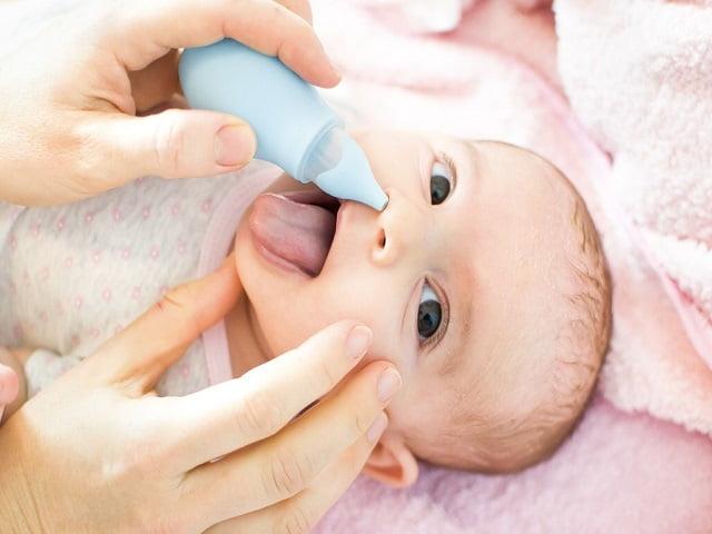 raffreddore neonati