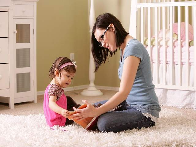 foto_baby_sitter_e_bambina