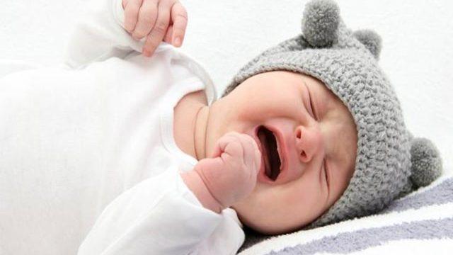 perché il bambino piange