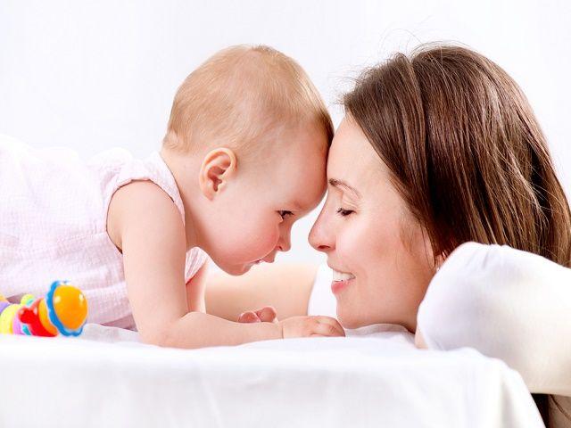 L'allattamento prolungato non ostacola l'autonomia del bambino