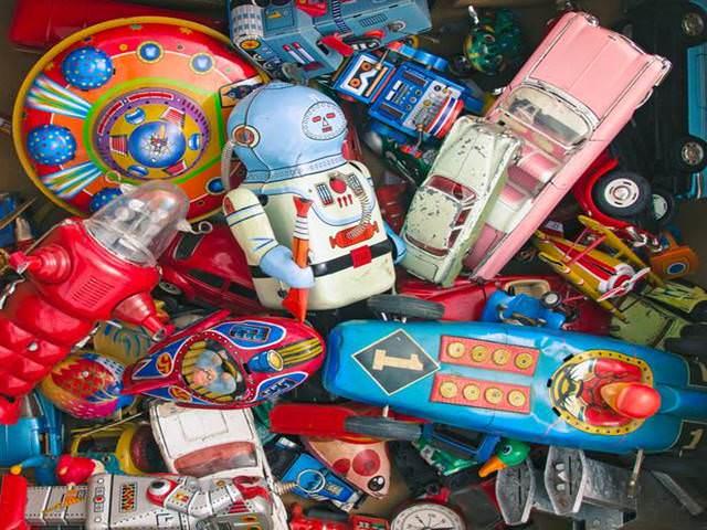 i vecchi giocattoli sono pericolosi per i bambini