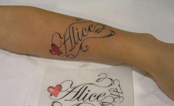 tatuaggi scritte nomi