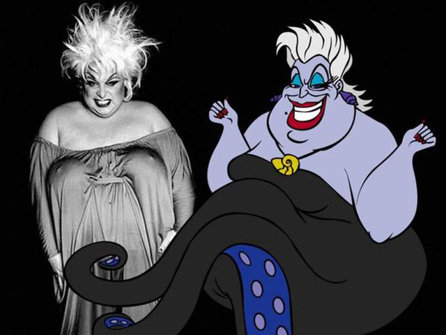 Foto confronto Ursula drag queen divine