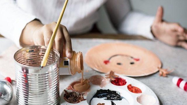 https://www.passionemamma.it/i-bambini-che-hanno-pochi-giocattoli-sono-piu-felici-e-creativi/