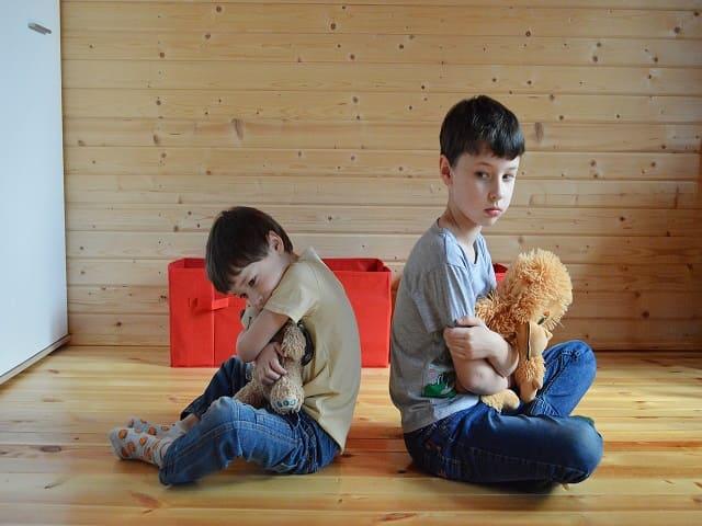 bambini casa incidenti genitori