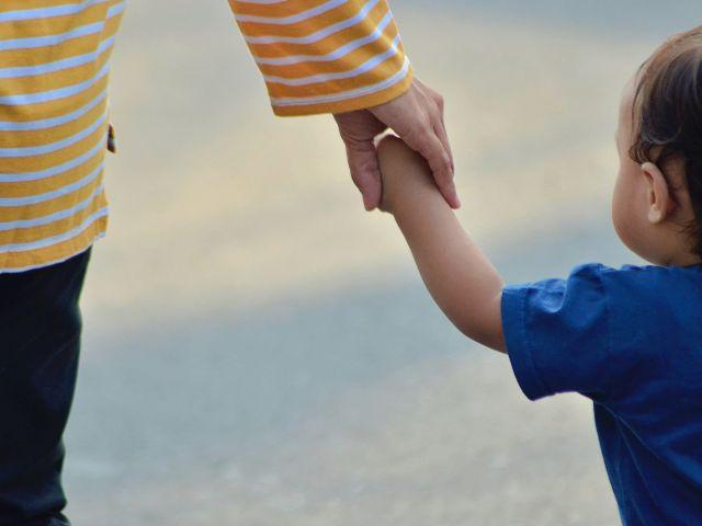come insegnare i pericoli ai bambini