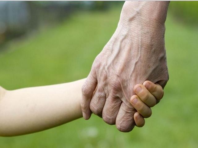 nonno e bambino coronavirus